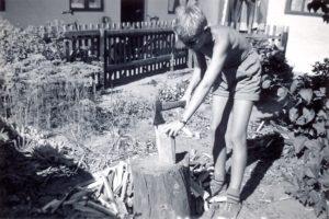 Brændekløvning i Vestergade 38